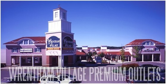 adiads outlet  premium outlets